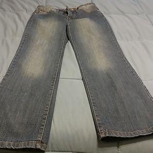 Bill Blass Triangular size 6 jeans